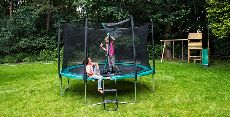 BERG Favorit Green 330 + Safety Net Comfort