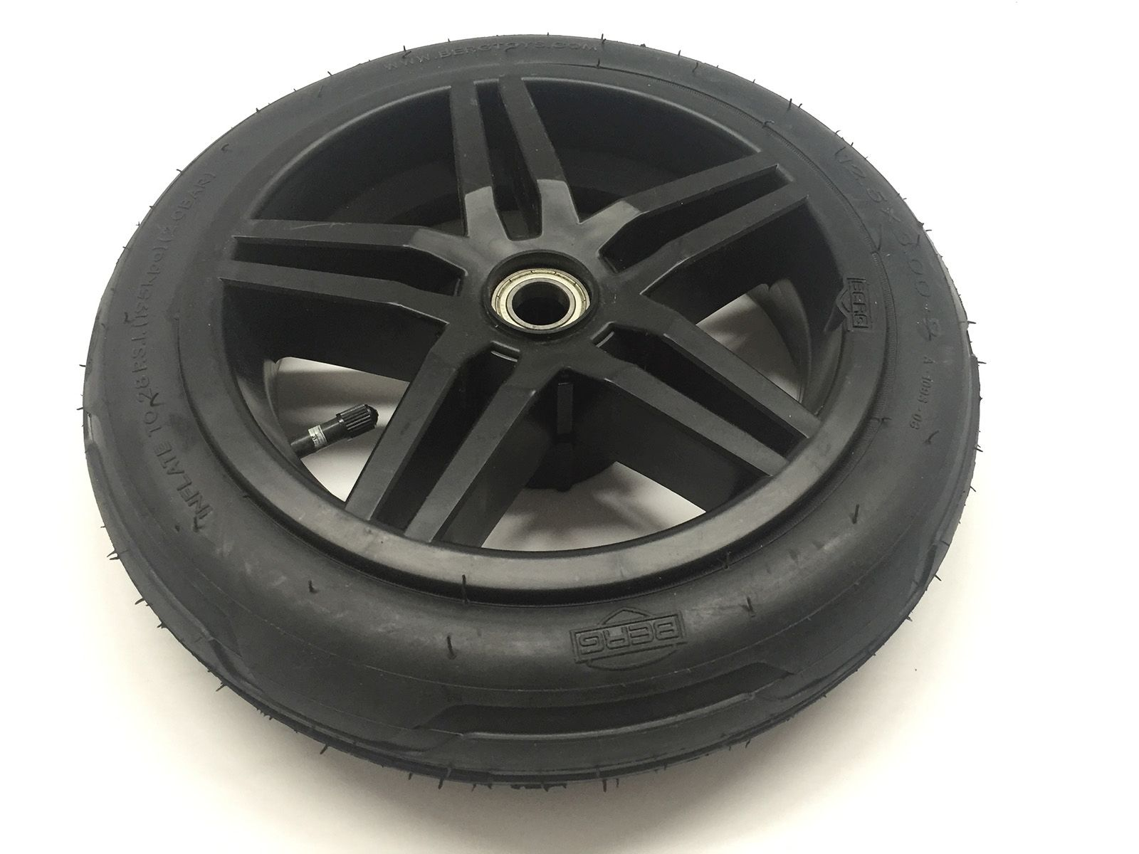 Wheel  black 12.5x3.00-9 slick