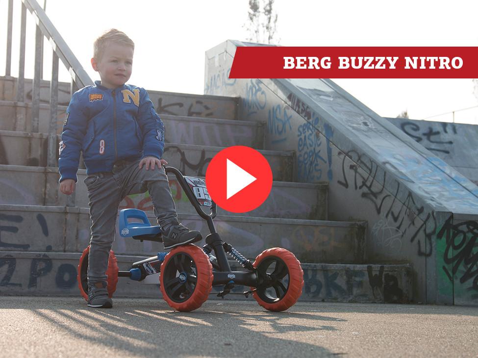 BERG Buzzy kart à pédales | Plus stable grâce à ses 4 roues