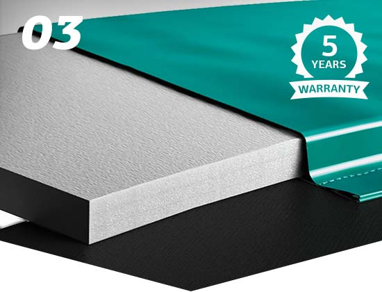 Extremely UV-resistant protective edge